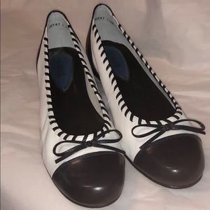 Fitzwell Navy Blue & White Flats 7.5M